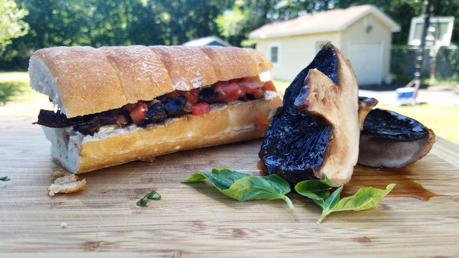 Grilled Portobello Mushroom With Basil Mayonnaise On
